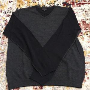 NY Based Men's Wool Sweater Grey/Black Sz Small